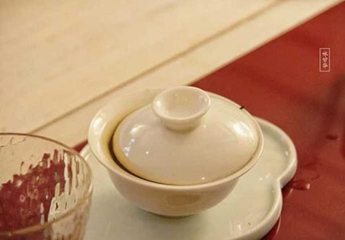 为什么茶馆泡的茶比自己在家泡的茶好喝?