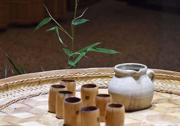 走近傣族竹筒香茶